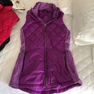 Like new lululemon puffer vest violet size 4